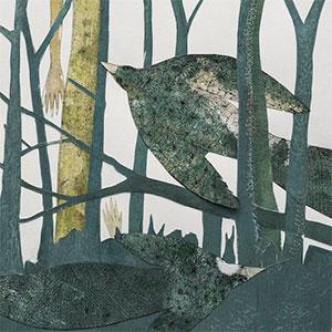 tableau représentant un oiseau en plein vol dans une forêt