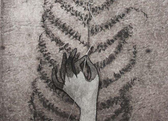 Viviane Michel - Fileuse (détail) - 15 X 10 cm - technique mixte sur papiers - tirage photopolymère, encre, papier découpé, couture