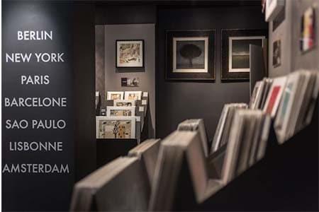 l'artiste Viviane Michel a exposé à de nombreuses reprises dans les Galeries de Carré d'Artistes à Cologne,