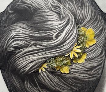 Photogravure au photopolymère, papiers découpés, crayons, encre, fil tricoté