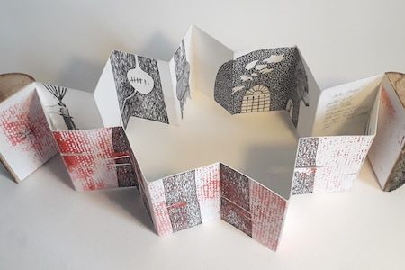 Livre d'artiste de Viviane Michel contre temps - vue en plongée
